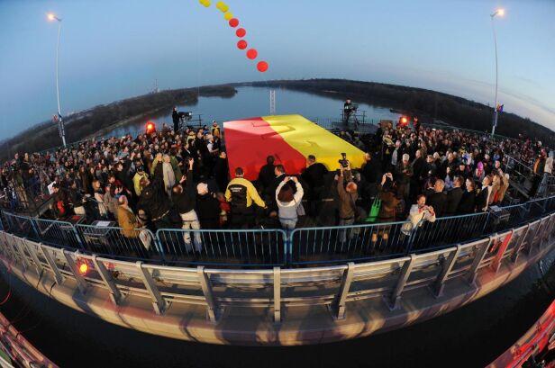 Otwarcie nowego mostu PAP /Jacek Turczyk