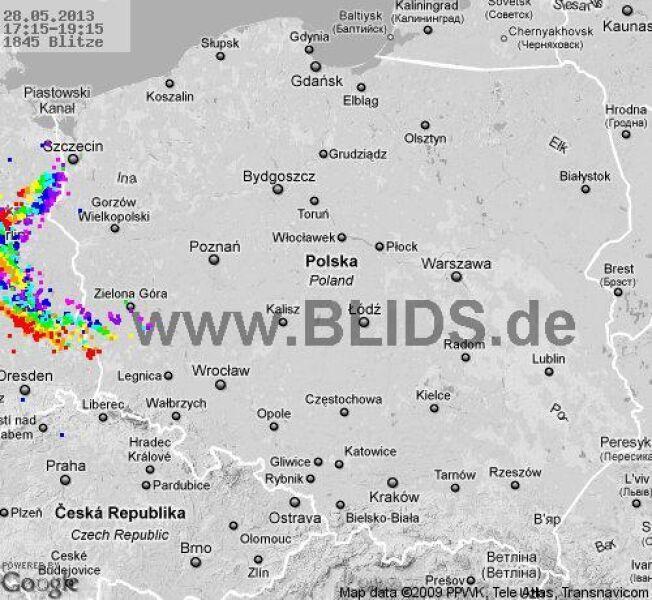Burze nad Polską w godz. 17:15-19:15 (blids.de)